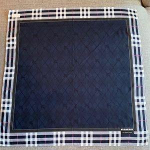 🍀NEW Authentic Burberry handkerchief scarf🍀